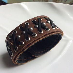 Jewelry - Hidden Pocket Leather Bracelet